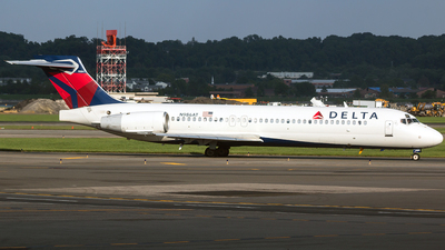 N986AT - Boeing 717-231 - Delta Air Lines