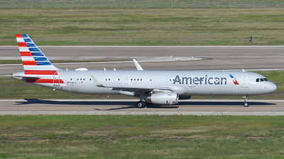 A picture of N904AA - Airbus A321231 - American Airlines - © Taxi_Way_