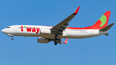 HL8030 - Boeing 737-8Q8 - T'Way Air