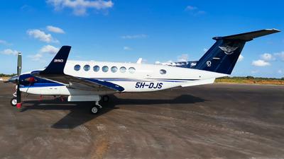 5H-DJS - Beechcraft B300 King Air 350i - Tanzanair