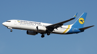 UR-PSN - Boeing 737-86N - Ukraine International Airlines