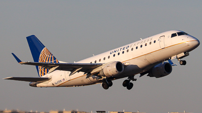 A picture of N640RW - Embraer E170SE - United Airlines - © Kass Betas