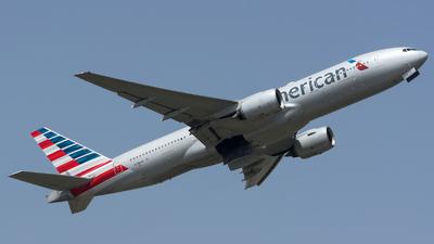 N798AN - Boeing 777-223(ER) - American Airlines