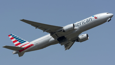 A picture of N798AN - Boeing 777223(ER) - American Airlines - © BobH