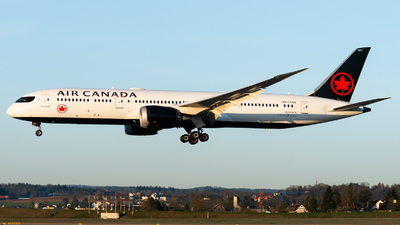 A picture of CFNOE - Boeing 7879 Dreamliner - Air Canada - © Thierry Weber