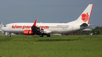A picture of PKLJV - Boeing 7378GP - Lion Air - © Reza_spotter