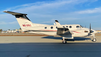 N805C - Beechcraft 200 Super King Air - Private