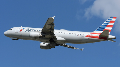 A picture of N119US - Airbus A320214 - American Airlines - © DJ Reed - OPShots Photo Team