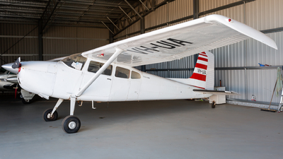 VH-UIA - Cessna 180K Skywagon - Private