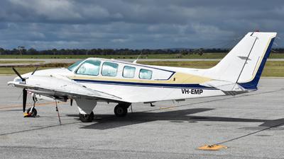 VH-EMP - Beechcraft 58 Baron - Private