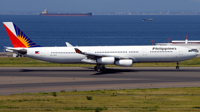 RP-C3438 - Airbus A340-313X - Philippine Airlines