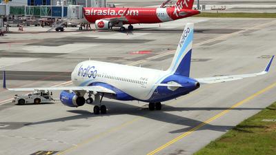 A picture of VTIAP - Airbus A320232 - IndiGo - © RumiAzollaL.