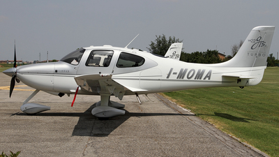 I-MOMA - Cirrus SR22 - Private