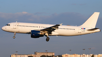 CS-TRO - Airbus A320-214 - White Airways