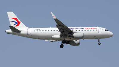 B-8558 - Airbus A320-214 - China Eastern Airlines