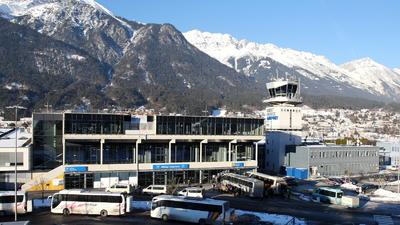 LOWI - Airport - Terminal