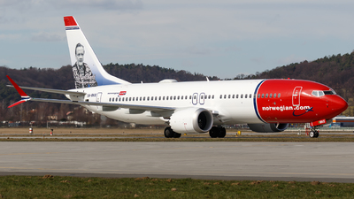 A picture of LNBKE - Boeing 737 MAX 8 - [63970] - © Łukasz Stawiarz