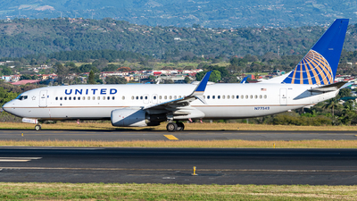 A picture of N77542 - Boeing 737824 - United Airlines - © Osvaldo24CR