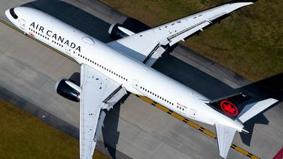 A picture of CFNOG - Boeing 7879 Dreamliner - Air Canada - © Derek MacPherson