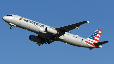 A picture of N978UY - Airbus A321231 - American Airlines - © DJ Reed - OPShots Photo Team