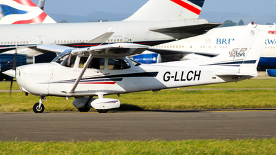 G-LLCH - Cessna 172S Skyhawk SP - Private