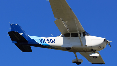 VH-KDJ - Cessna 172S Skyhawk - CAE Oxford Aviation Academy