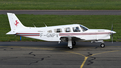 F-GNPV - Piper PA-32R-301T Turbo Saratoga SP - Private