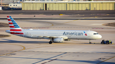 A picture of N539UW - Airbus A321231 - American Airlines - © Alexander Owen