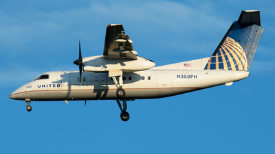 N358PH - Bombardier Dash 8-Q202 - United Express (Commutair)
