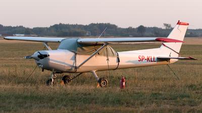 SP-KLI - Cessna 152 II - Private
