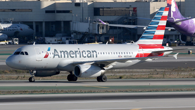 N825AW - Airbus A319-132 - American Airlines
