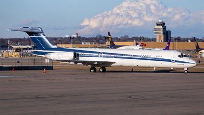 N987AK - McDonnell Douglas MD-87 - Private