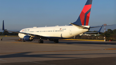 A picture of N854DN - Boeing 737932(ER) - Delta Air Lines - © Alejandro Aceves