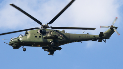 738 - Mil Mi-24V Hind E - Poland - Air Force