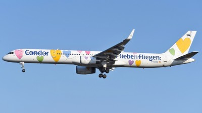 A picture of DABON - Boeing 757330 - Condor - © Jan Heinrich
