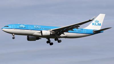 PH-AON - Airbus A330-203 - KLM Royal Dutch Airlines