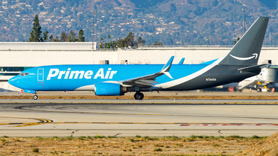 N7949A - Boeing 737-86N(BCF) - Amazon Prime Air (Sun Country Airlines)