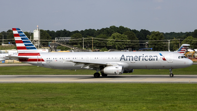 N916US - Airbus A321-231 - American Airlines