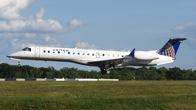 N14105 - Embraer ERJ-145XR - United Express (ExpressJet Airlines)