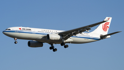 B-6132 - Airbus A330-243 - Air China