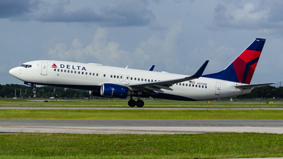 A picture of N3739P - Boeing 737832 - Delta Air Lines - © Maxime CERTAIN-MESSAGER