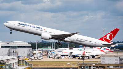 A picture of TCLKB - Boeing 77736N(ER) - Turkish Airlines - © Karam Sodhi