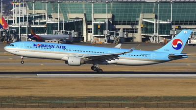 HL8002 - Airbus A330-323 - Korean Air