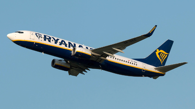 A picture of SPRKE - Boeing 7378AS - Ryanair - © Szabó Imre