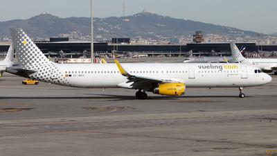 EC-MHS - Airbus A321-231 - Vueling