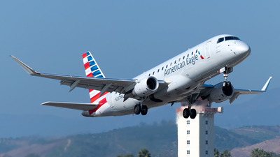 A picture of N237NN - Embraer E175LR - American Airlines - © Ricky Teteris