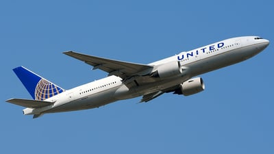 N784UA - Boeing 777-222(ER) - United Airlines