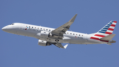 A picture of N213NN - Embraer E175LR - American Airlines - © Wang Jiasheng
