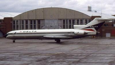 N492DA - Boeing 727-232(Adv) - Delta Air Lines