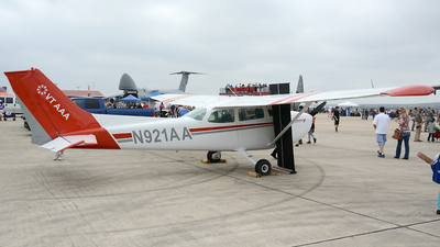 A picture of N921AA - Cessna 172M Skyhawk - [17261752] - © Siddarth Bhandary